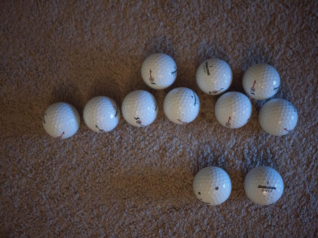Taylormade NXT Tour 2012 Golf Balls